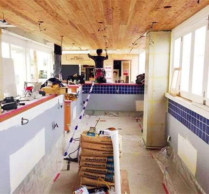 店舗内装工事中のハーバーハウス・バーベキューガーデンの写真